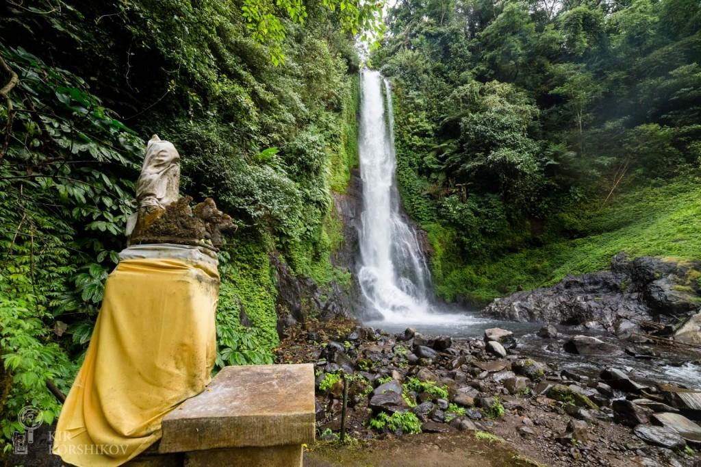 Водопад Гит-Гит